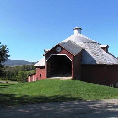 La grange ronde de Mansonville