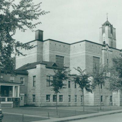 Bibiothèque Memphrémagog / Église Sainte-Marguerite